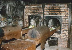 Die Krematorien im KZ liefen auf Hochbetrieb. Hier wurden hunderttausende Leichname verbrannt. Archivfoto: Hans-Jürgen Amtage